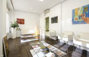 Sala de espera clínica Dr.Antolín en Valencia