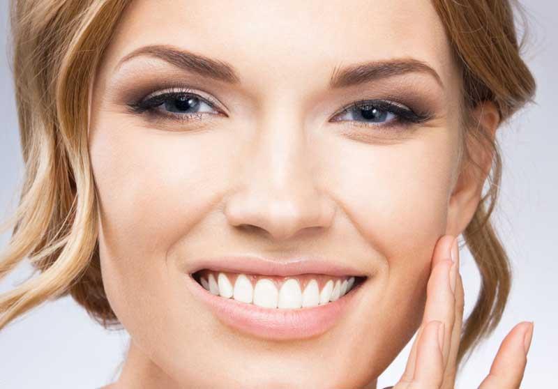 Productos de Rellenos Faciales de ácido hialurónico Juvederm.
